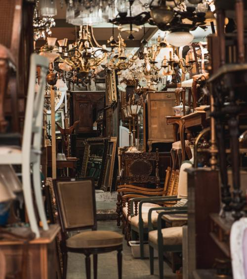 Best places for vintage lovers in the 9th arrondissement of Paris